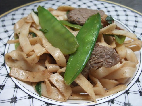 Stir Fried Shanghai Noodles with Beef title=